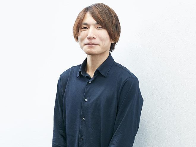 音声アシスタント/山田